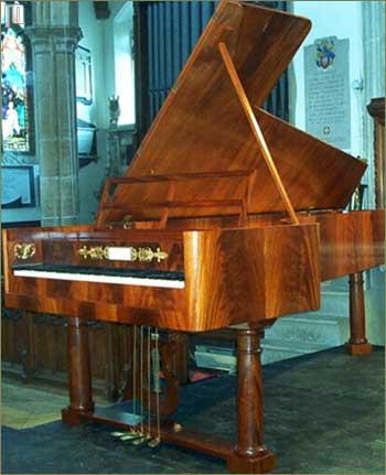Suvremena kopija fortepiana izrađena po uzoru na Grafova fortepiana iz 1826. godine.