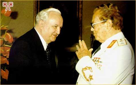 Vladimir Bakarić je dugo godina bio Titova desna ruka