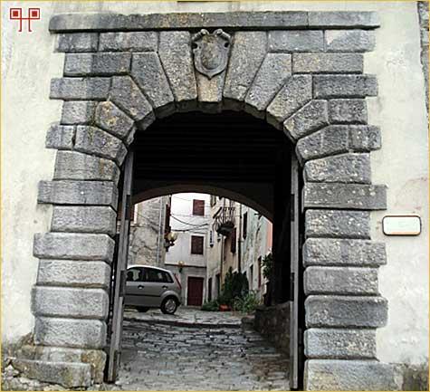Mala vrata Buzeta