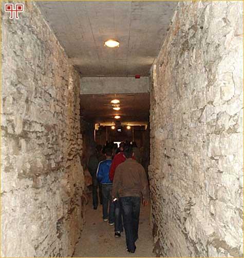 Ulaz u podzemni dio Arene u Puli