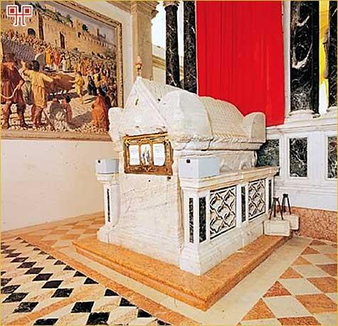 Sarkofag sv. Eufemije u Rovinju