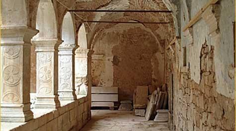 Prizemlja klaustra pavlinskog samostana