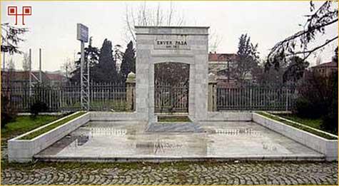 Grob Envera-paše
