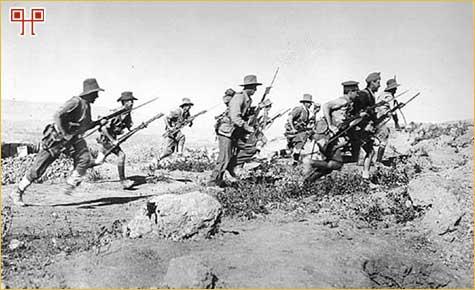 Vojnici ANZAC-a u jednom od brojnih napada na osmanske rovove