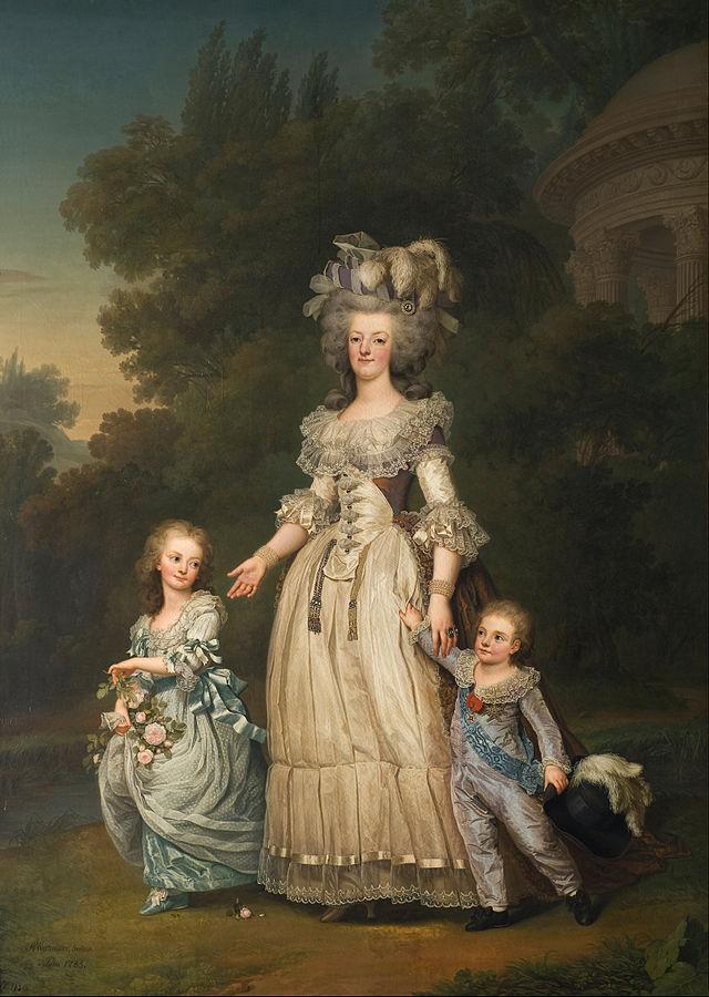 Marie Antoinette s dvoje nastarije djece, Marie-Thérèse Charlotte i prijestolonasljednik Louis Joseph (naslikao Adolf Ulrik Wertmüller, 1785.)