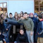 Učenici 6.c i 6.d razreda ispred Muzeja Slavonije Osijek