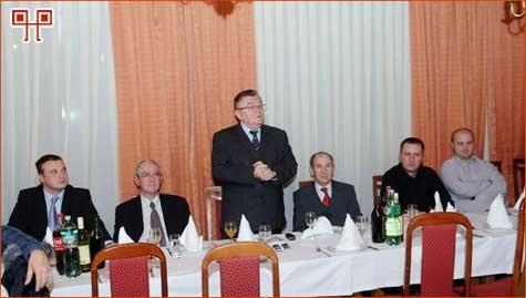 Gradonačelnik Grada Požege i saborski zastupnik Zdravko Ronko, zahvalio je članovima Udruge na prezentiranju Grada Požege i požeškog kraja