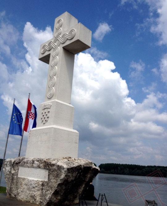 Križ na Dunavu