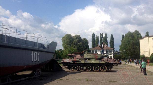 Vojna tehnika i naoružanje u vukovarskoj vojarni