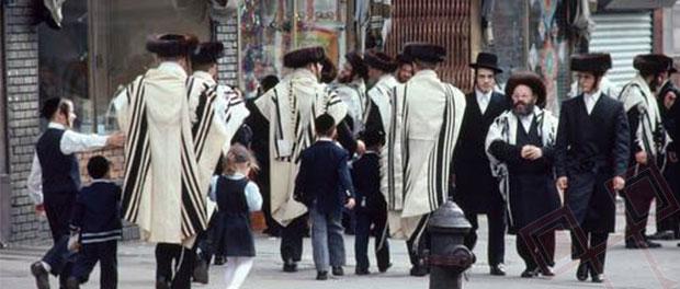 Hasidske enklave u New Yorku: Transplantacija istočnoeuropskih židovskih gradića i načina života na američko tlo