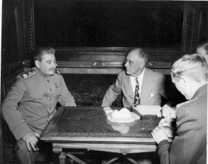 Staljin i FDR u Jalti.