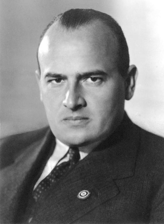 Hans Frank, 1939. - German Federal Archive (Bundesarchiv), Bild 146-1989-011-13, photograph: o.Ang.